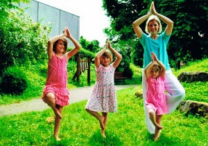 Kinder machen Pilates